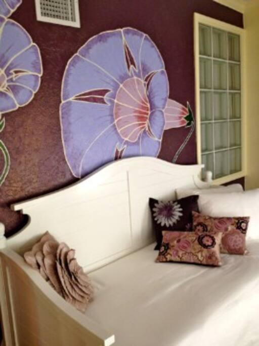 Gloria Sun Room - Right Day Bed
