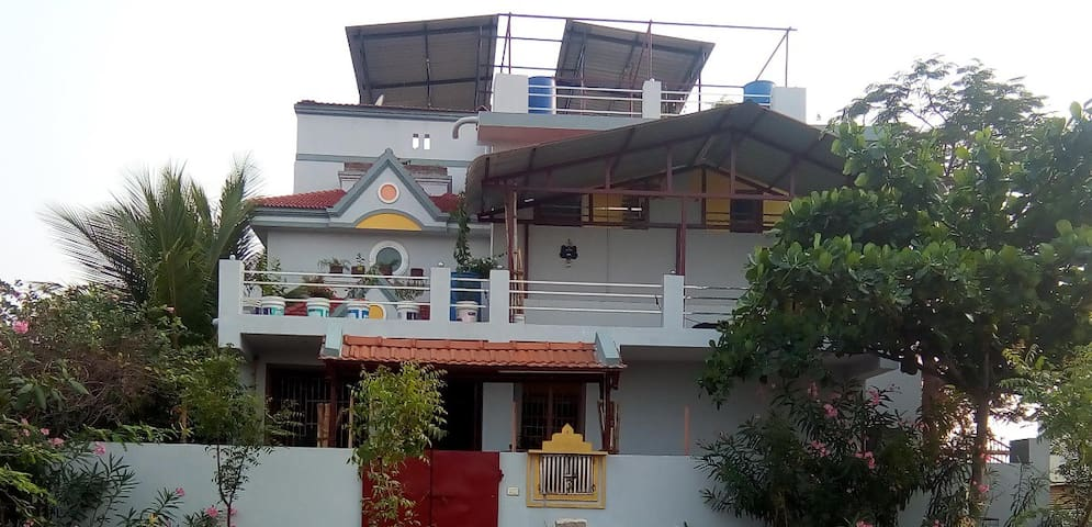 Sudharsan Homes - Upto 3 Guests