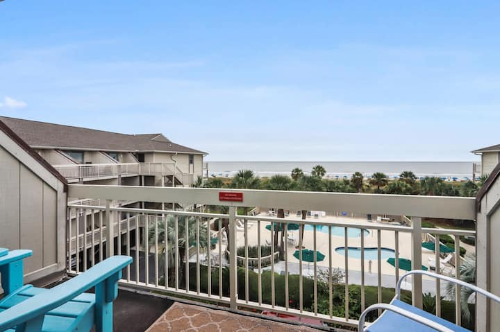 HHI Oceanfront Villa with views for miles on North Forest Beach