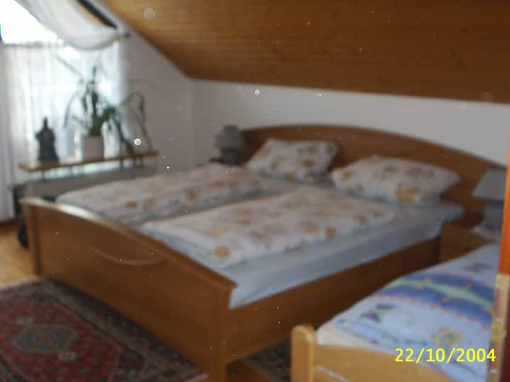 Gästehaus Löwe  (Zimmer 1 , 30qm)