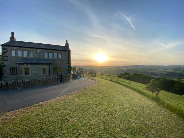 Yorkshire 3 bedroom Countryside Cottage, Sleep 6