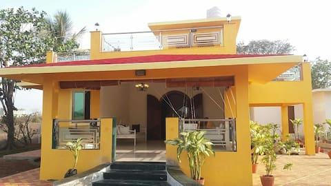 Kihim beach bungalow
