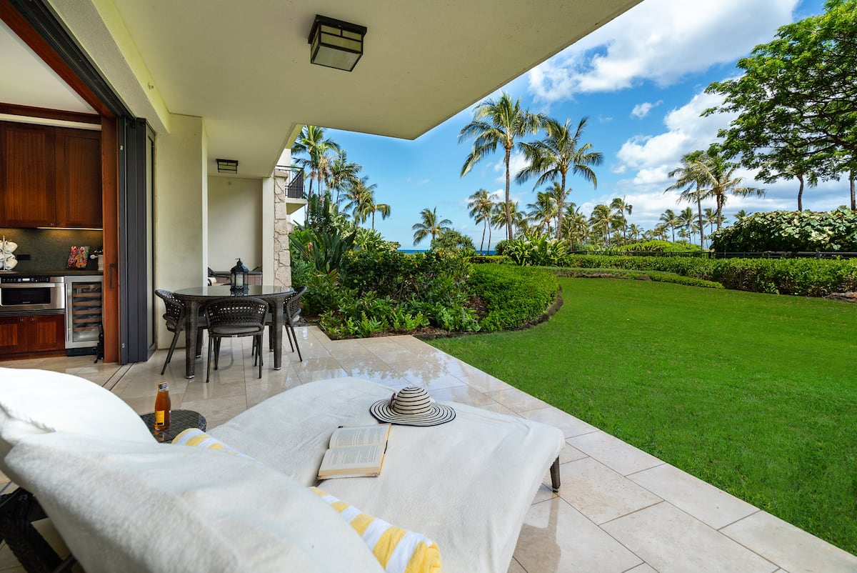 Dreamy! Luxury beach house listed on Airbnb Oahu.