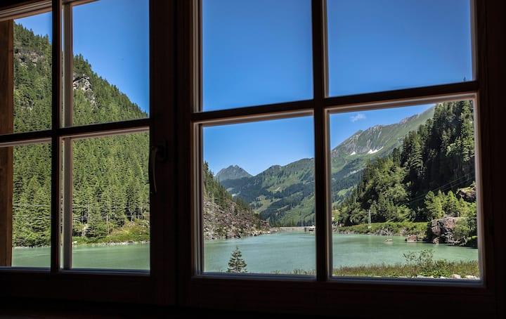 """Tauerndorf Enzingerboden """"Lodge Wildrose"""" 162"""