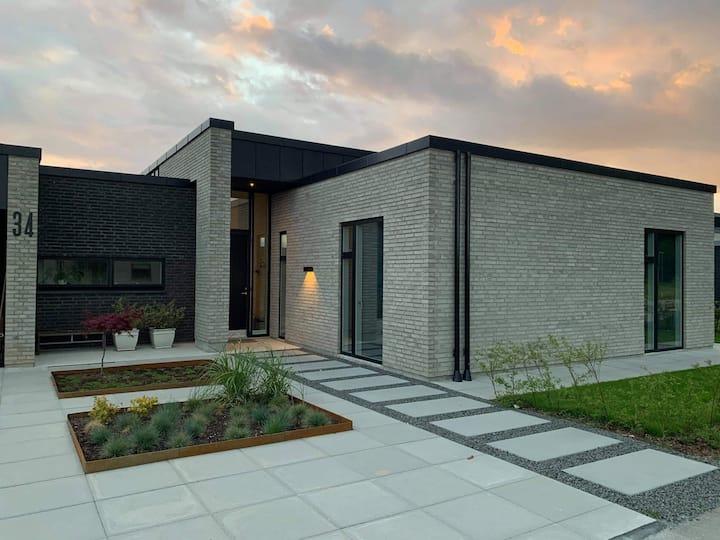 ++ location in heart of Denmark Great neighborhood