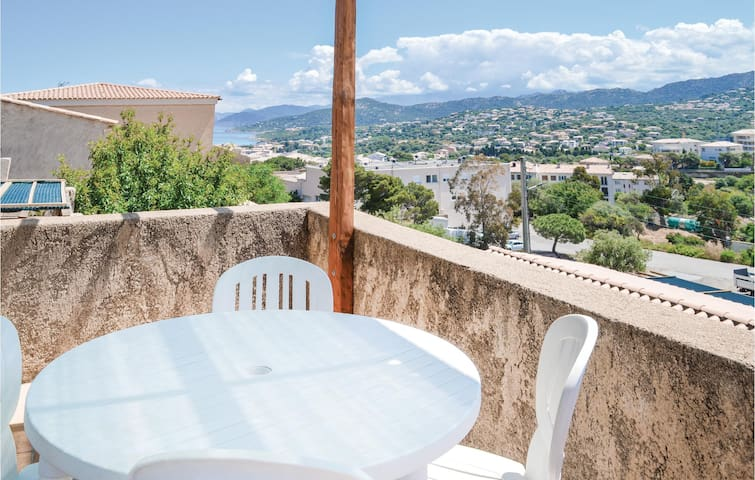 Holiday apartment with 1 bedroom on 34m² in Ile Rousse