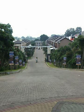 AllNew Entire House, 20 Mnt dr Pasteur & Lembang