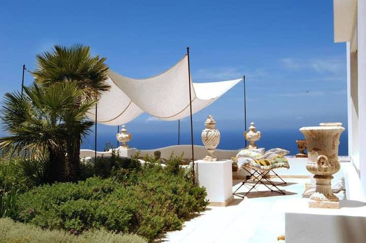 Villa dell'Antiquario en Anacapri con una hermosa vista al mar