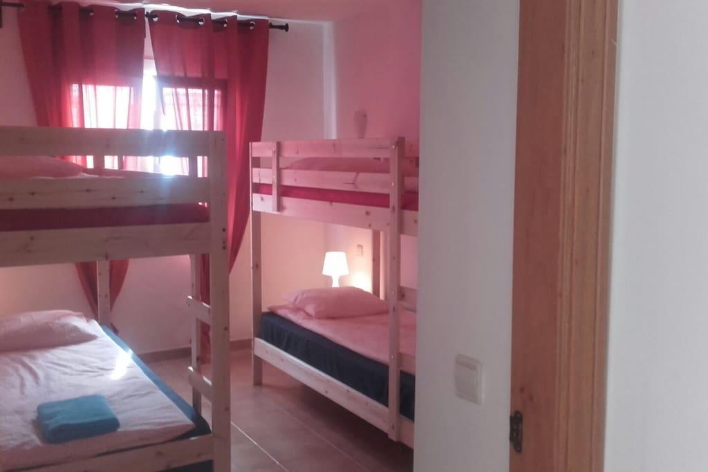 Dormitorio compartido 4 personas