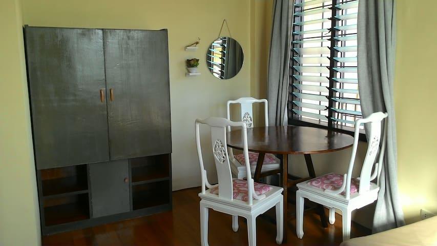 Blue Cozy - nice, comfortable studio near SM BF.