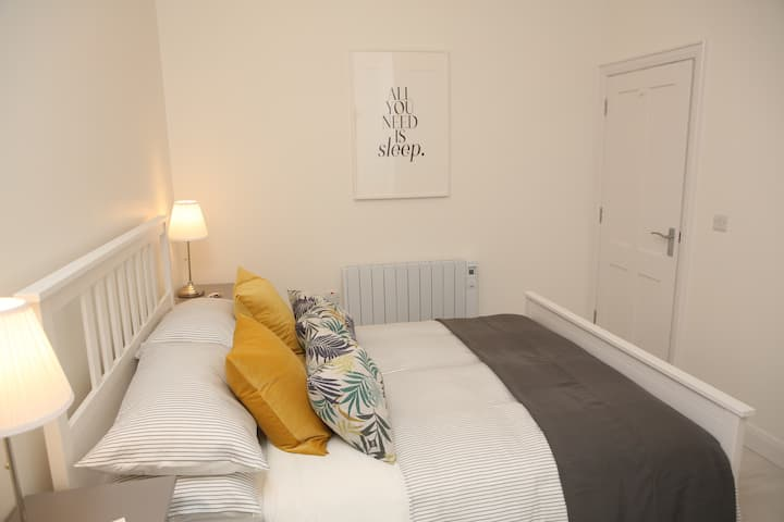 Town Centre Luxury Self Catering Apartments (NITB)