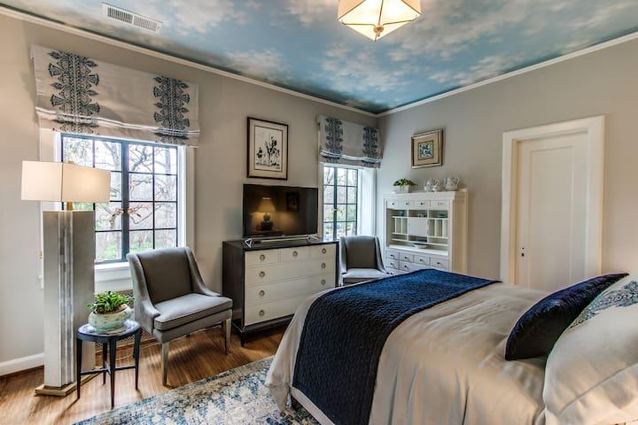 Historic Julian Price House - Blue Room