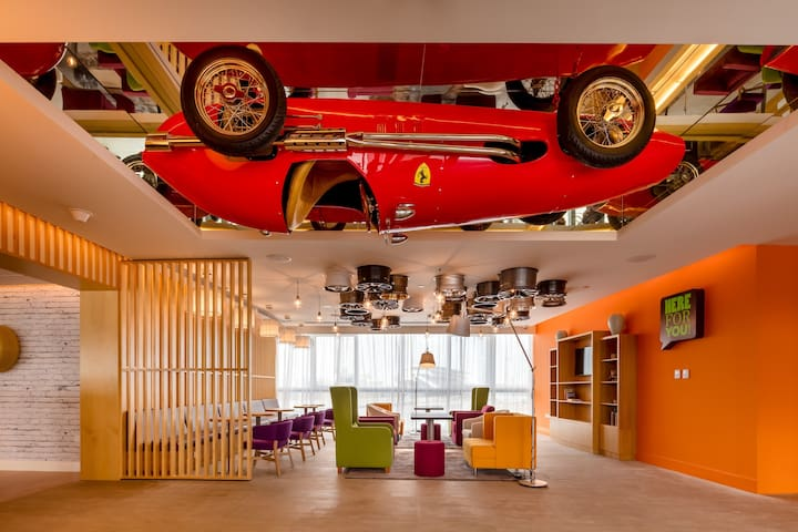 Park Inn by Radisson, Dubai Motor City