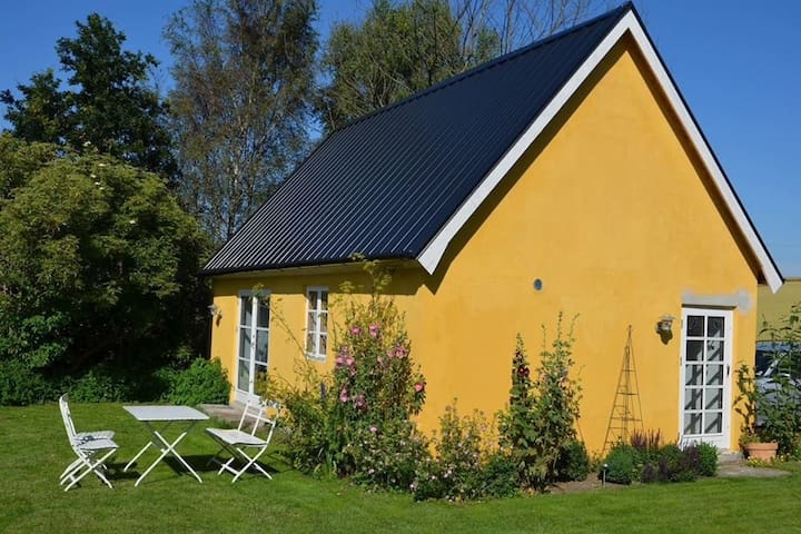 Well equipped cottage in Sweden's Provence - Simrishamn