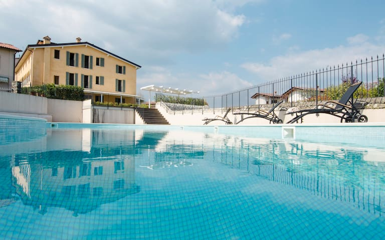 Boutique Apartments in Lake Garda - Polpenazze del Garda - 아파트