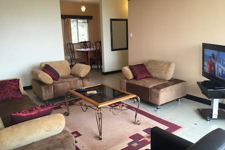 2 bedroomed Furnished Apt - Pis