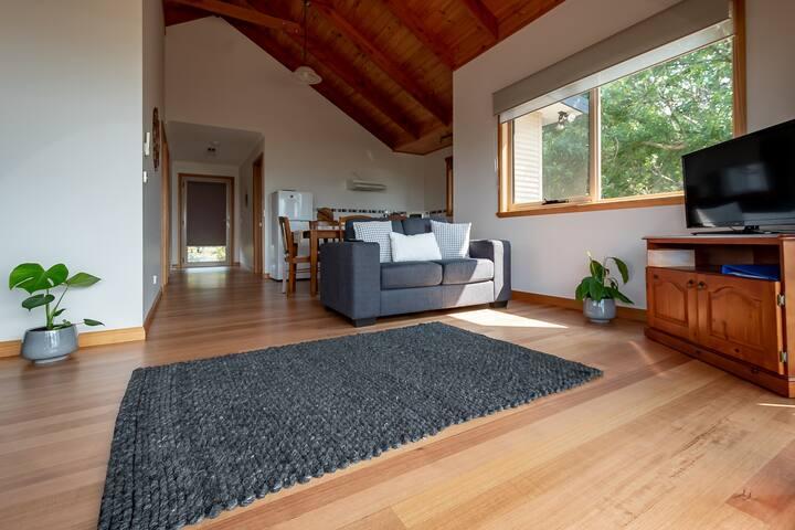 2 Bedroom Private Cabin in Garden Estate