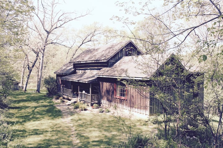 Crystal Creek Canyon Lodge - Houston - Cabaña