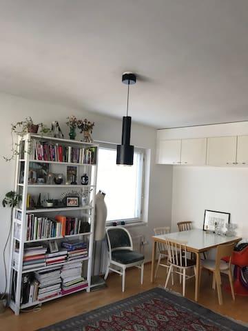 Cozy apartment in hip Kallio district
