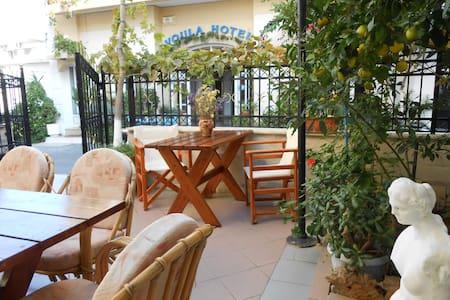 Voula Hotel & Apartments - Limenas Chersonissou