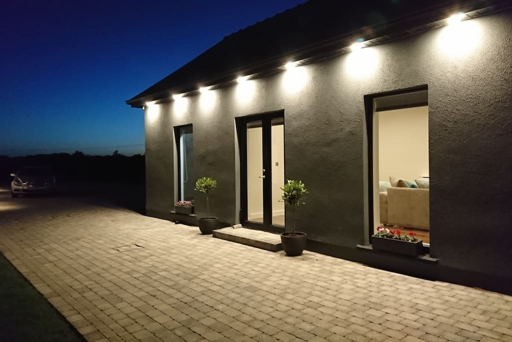 Garden Suite By Night