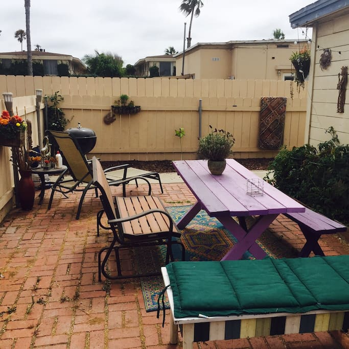 Backyard with little garden, great for bbqs or just relaxing in the evening.