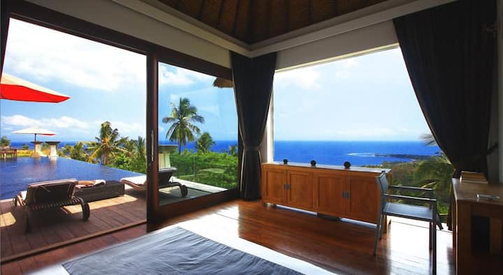 King Room in Hill-Top Villa with Magnificent View