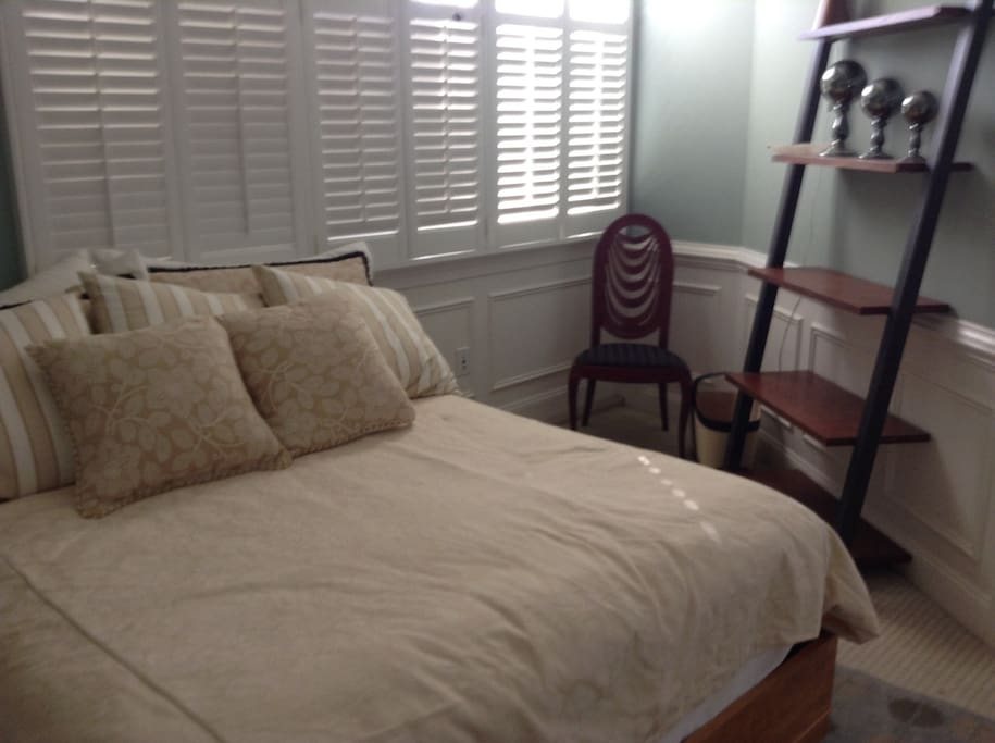 Glorious 1 Bedroom Apartment Patio Guest Suites For Rent In Rehoboth Beach Delaware United