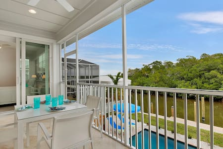 Villa Blue Heron I ~ Steps to Beach, Dining, FUN! - Fort Myers Beach