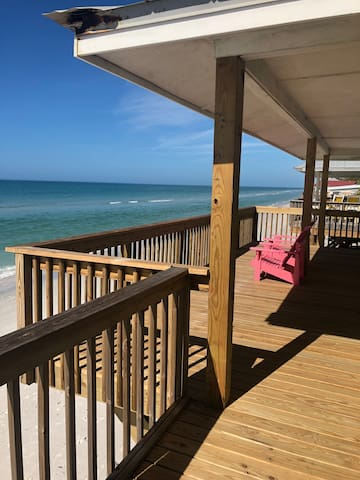 Point Break-Relax and enjoy your direct oceanfront