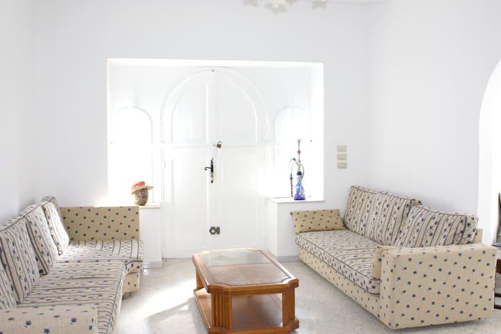 Villa mit 4 Schlafzimmern in Mahdia mit herrlichem Meerblick, eingezäuntem Garten und W-LAN - 150 m vom Strand entfernt
