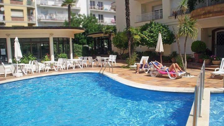 Hotel Mireia - Habitación doble con balcón