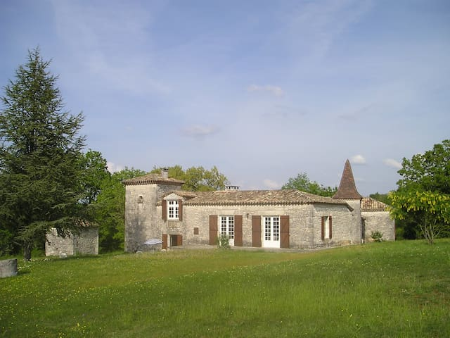 Holiday house, Le Castelas - Montaigu-de-Quercy - Talo