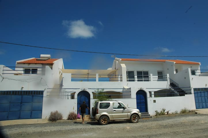 vila entière, plage, terrasse, patio