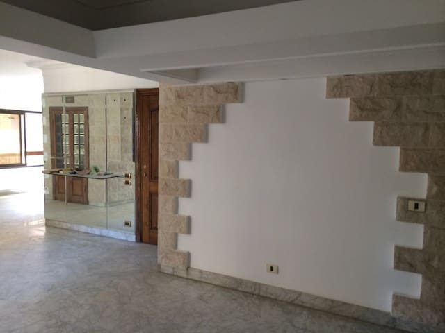 Luxurious apartment 5 minutes from Cairo Airport