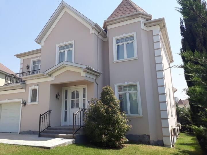 Royal Park Luxury Villa Baku