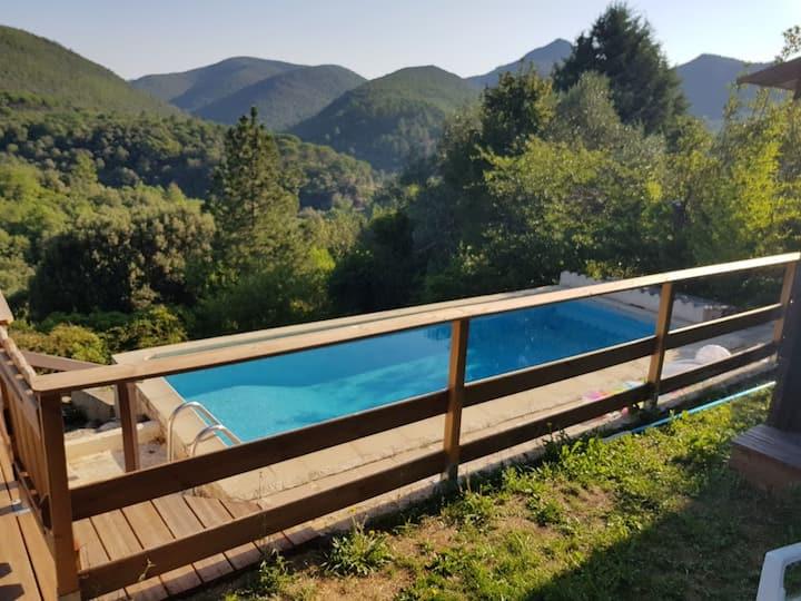 Villa Soleil: Ferienhaus Anwesen mit Pool