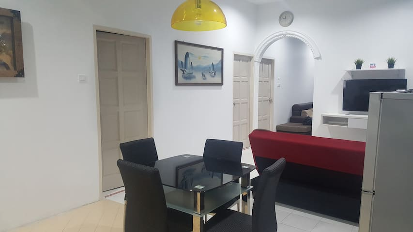Dining, family area, sofa bed