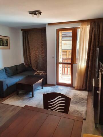 Уютен апартамент в центъра на Пампорово