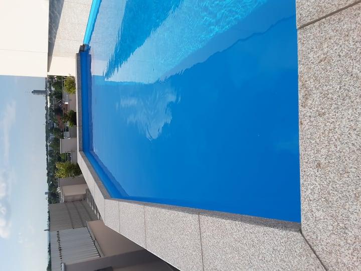 Appartement (ganze Wohnung) mit Dachschwimmbad
