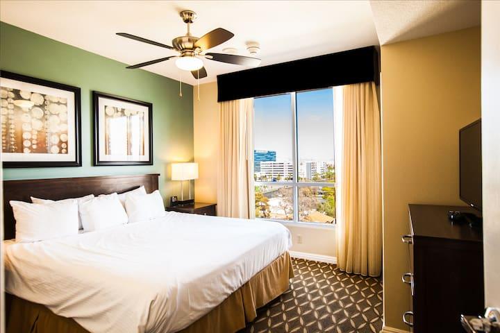Wyndham Grand Desert Resort ~ 1B ~ Sleeps 4!