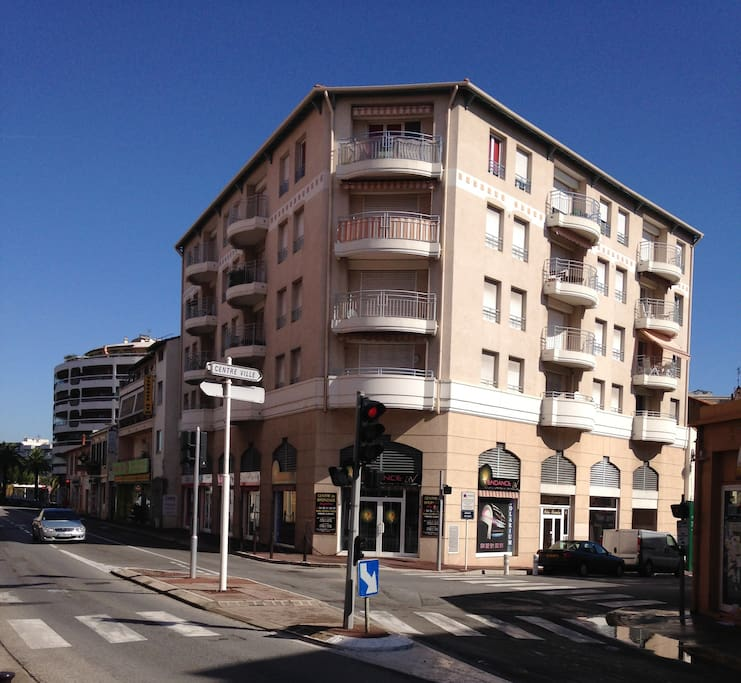 Antibes Apartments For Rent