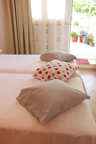 Astral Studio apartment *Near the beach - Split - Appartement