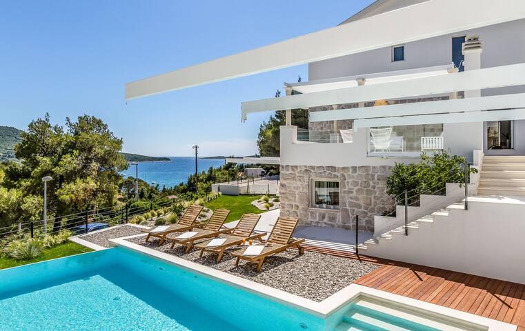 Villa Primosten Diamond