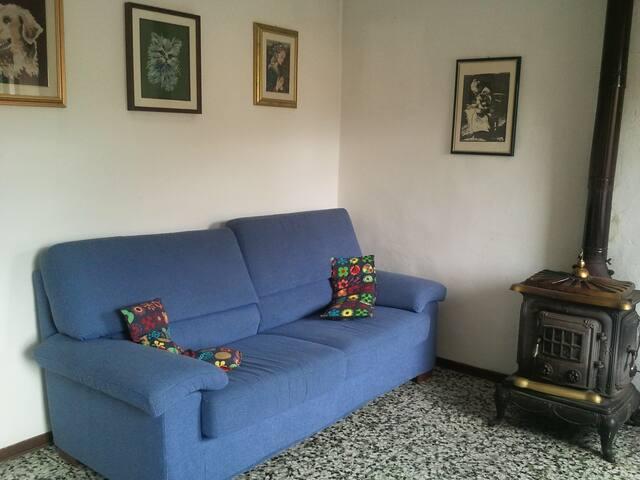La casa di Anto&Sandra - Lari
