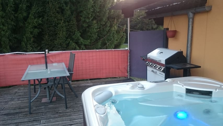 Nice room in calm atmosphere close to Graz - Stein - Apartment