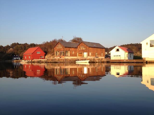 Sjøhus på Eigerøy - Eigersund - Dom