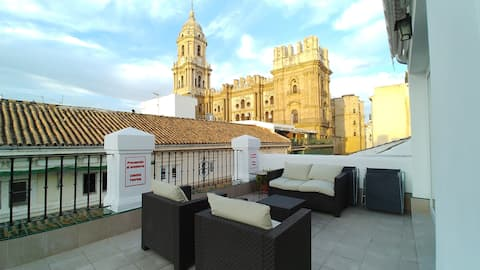 Historic Center Penthouse, Cathedral Views, WIFI