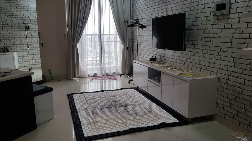 2 BedRoom Apartment The Mansion Jakarta