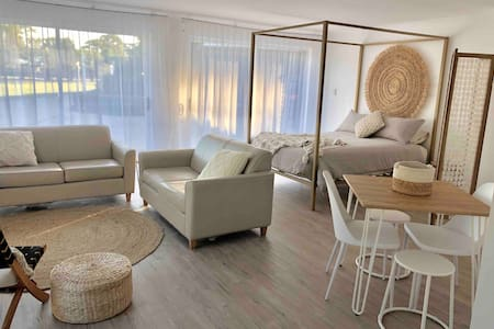 Bright modern studio on huge property